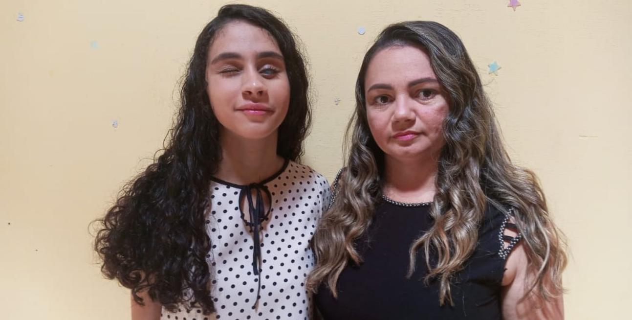 Gabriella Santos e Joana Darc